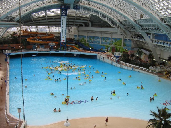 The_World_Waterpark_-_Edmonton